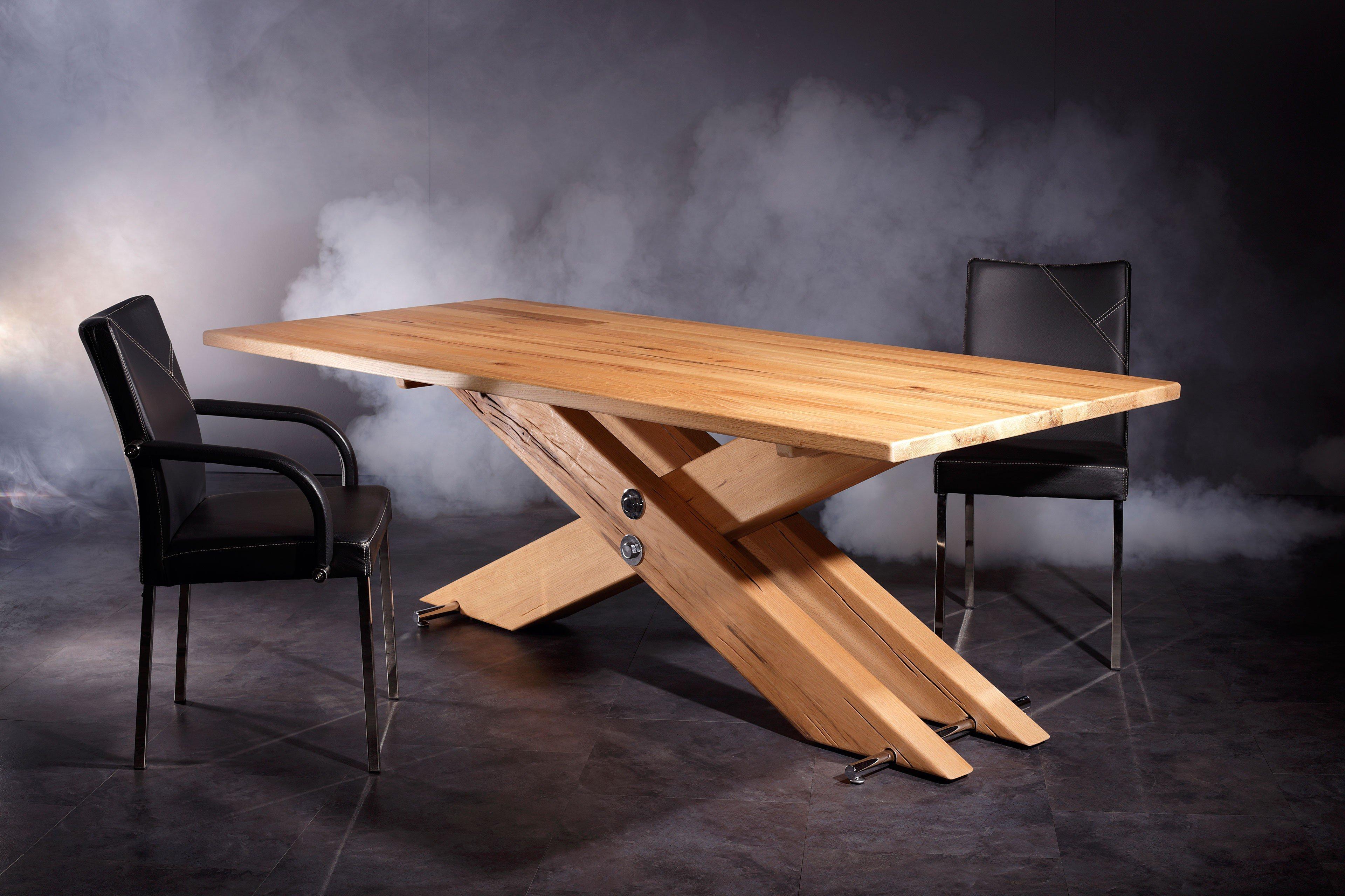 sprenger kreuzfu tisch aus sumpfeiche m bel letz ihr. Black Bedroom Furniture Sets. Home Design Ideas