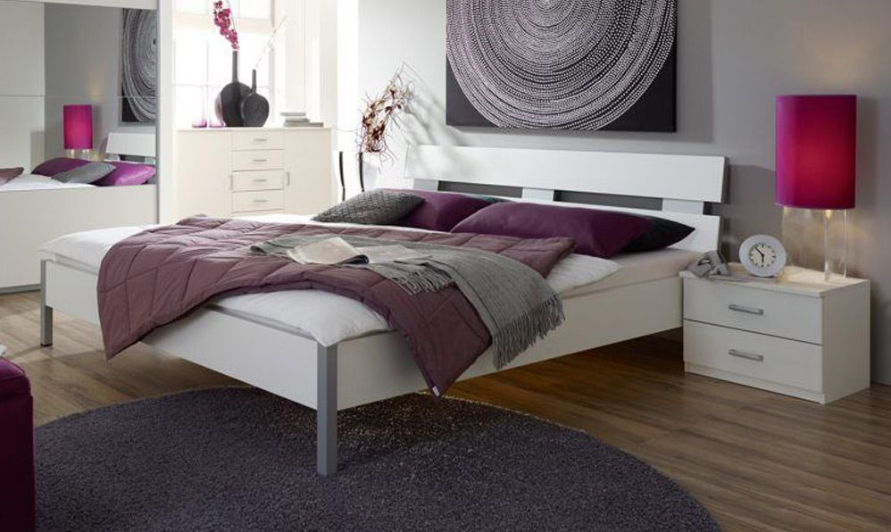 Schlafzimmer Quadra Emmy mit Spiegel von Rauch PackŽs Möbel Letz