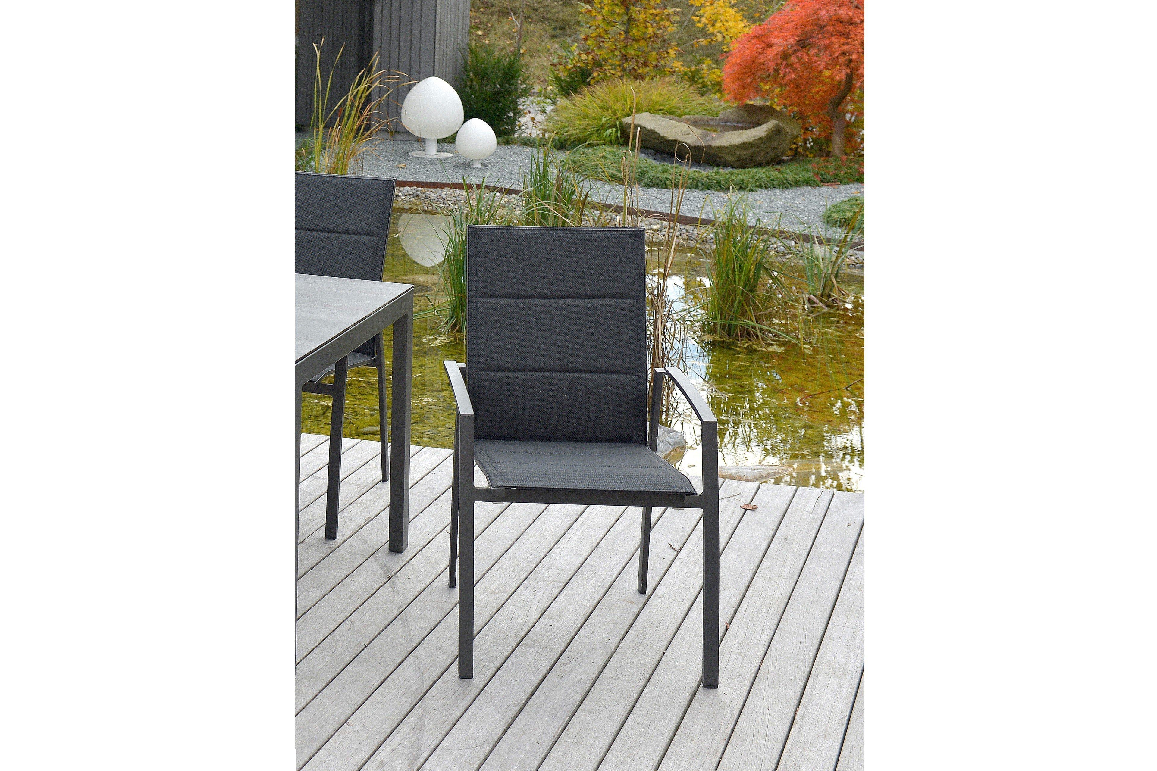 m bel mobilia design. Black Bedroom Furniture Sets. Home Design Ideas