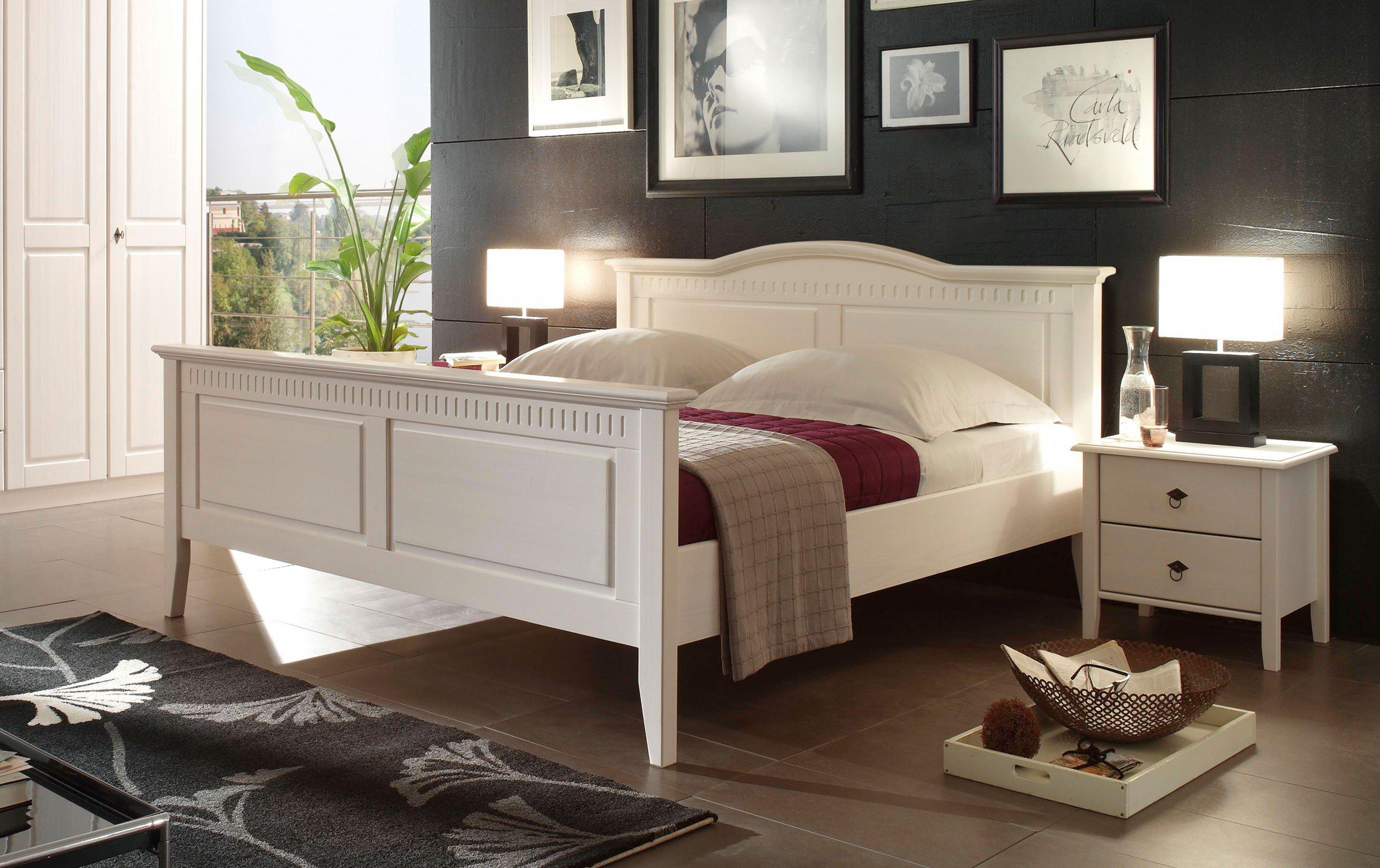 Bozen II Von Forestdream   Bett Im Landhausstil In Weiß