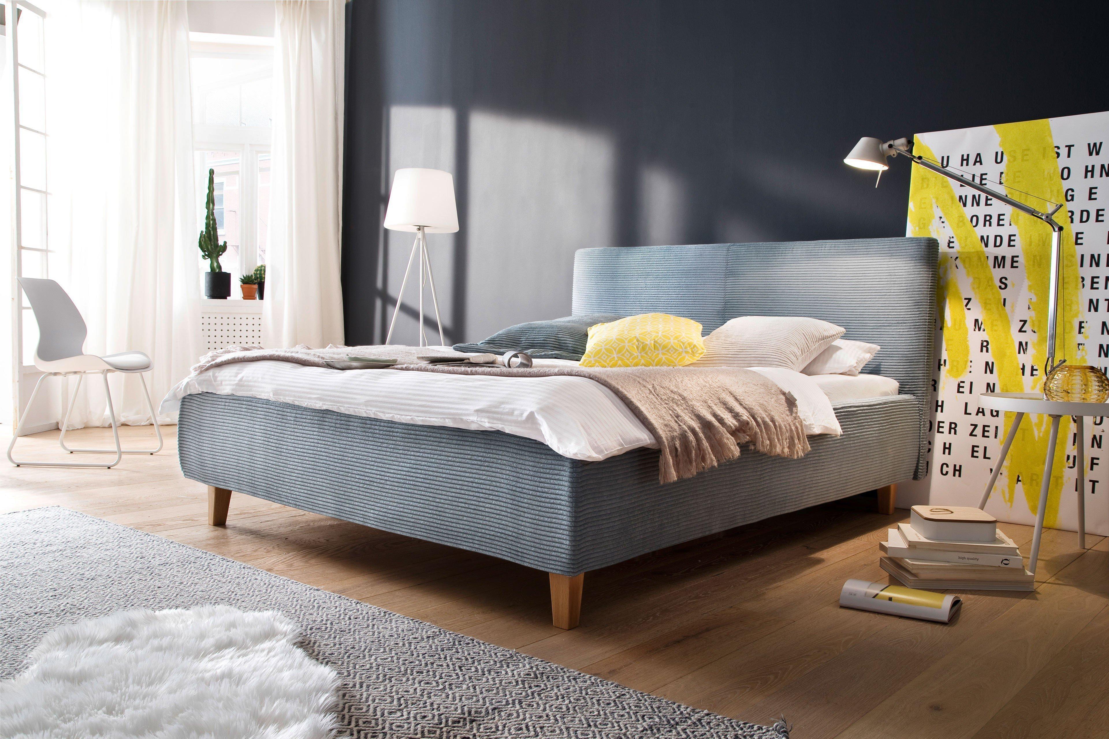 in domo ID.513 Polsterbett in Blau mit Holzfüßen | Möbel Letz - Ihr ...