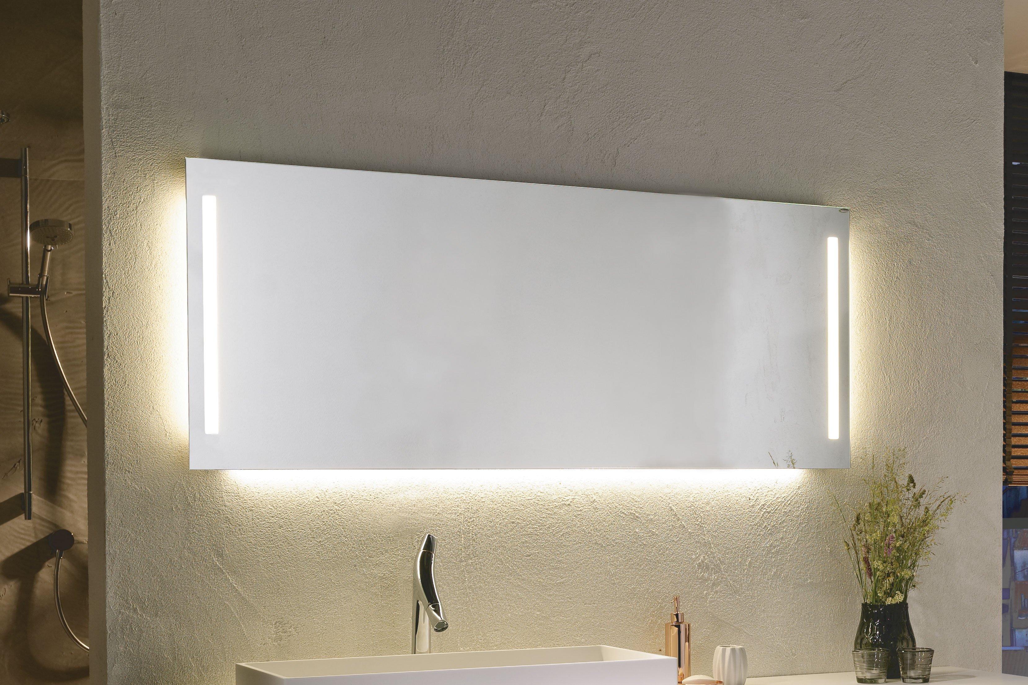 V-Montana von Voglauer - Flächenspiegel mit LED-Beleuchtung