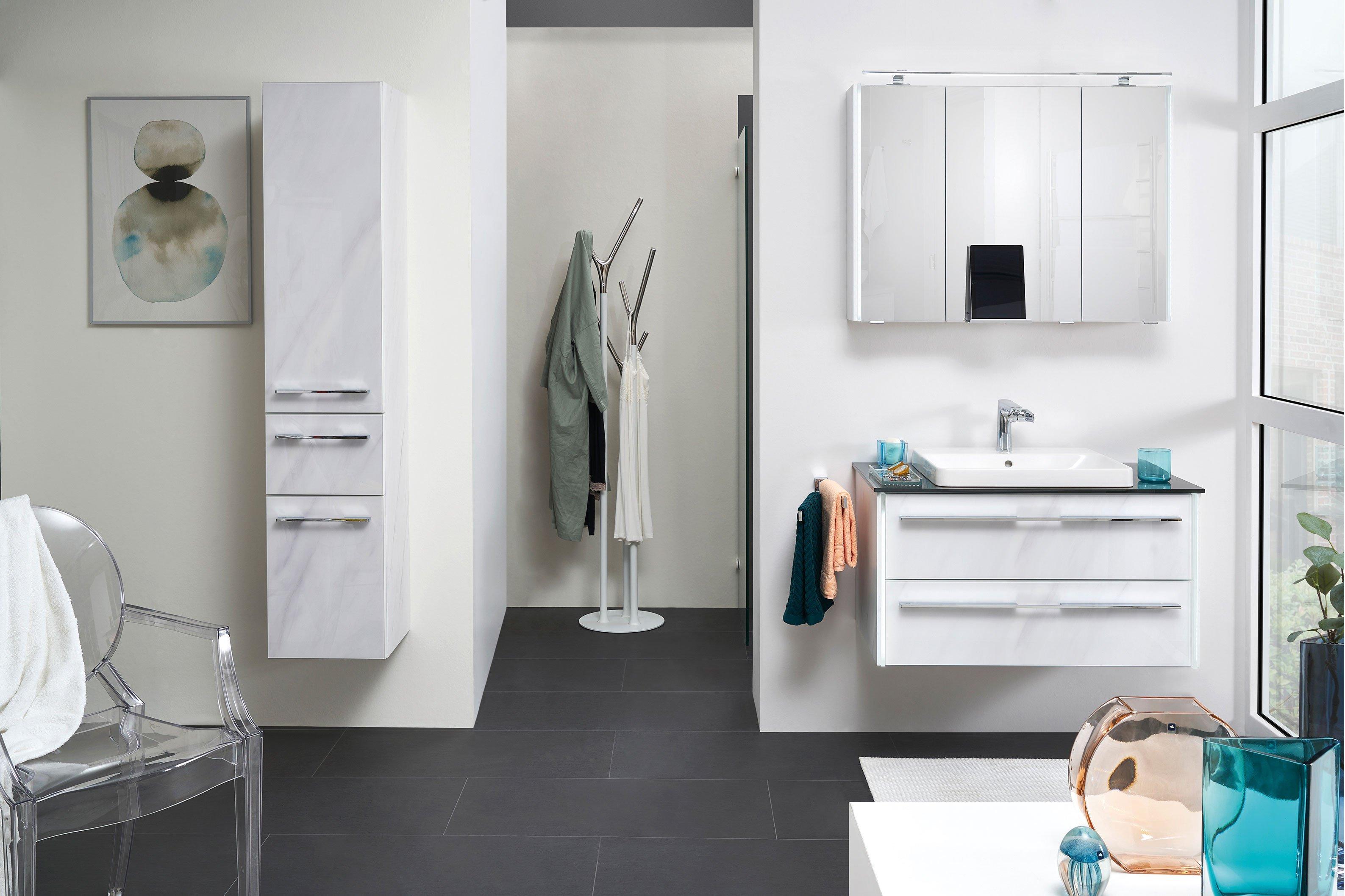 Bad 116 von LEONARDO living - Badezimmer in Glas Marmor