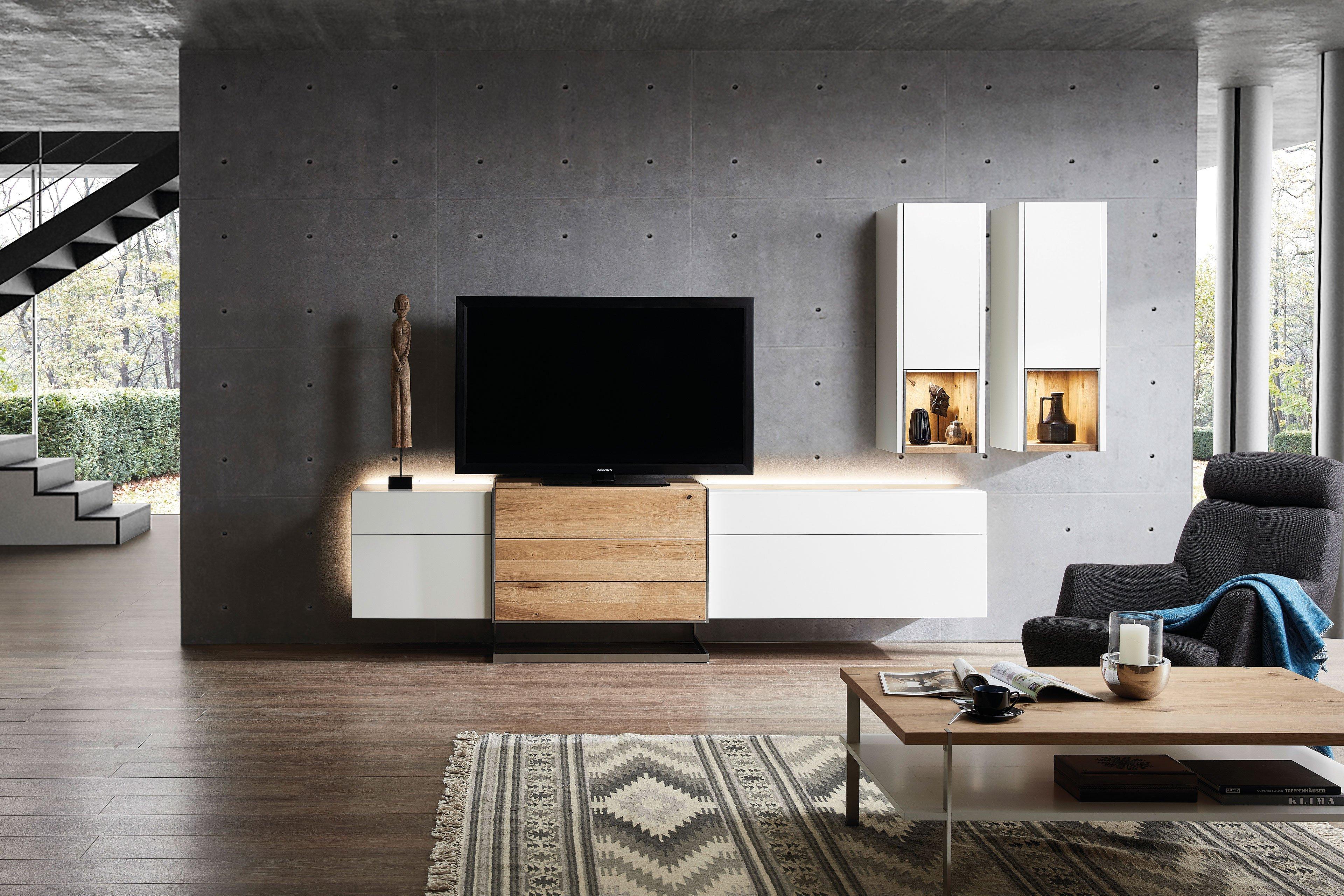 Die Hausmarke Media Design - Wohnwand MDK3 weiß/ Wildeiche hell