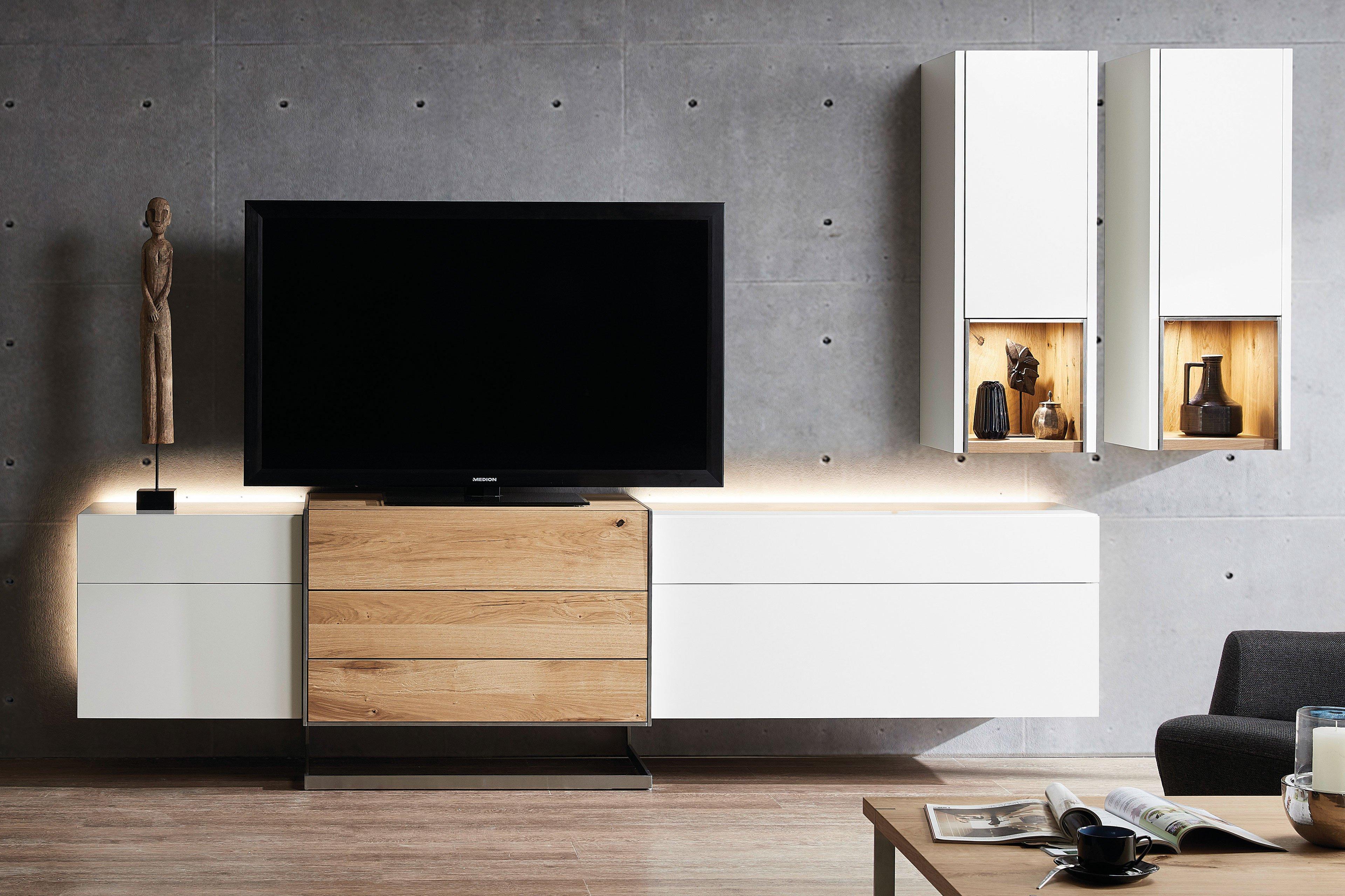 die hausmarke media design - wohnwand mdk14 weiß/ wildeiche hell