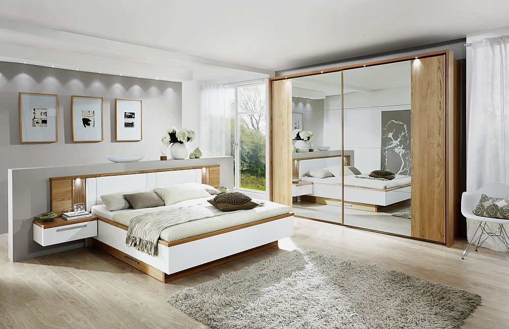 rauch schlafzimmer ricarda. Black Bedroom Furniture Sets. Home Design Ideas
