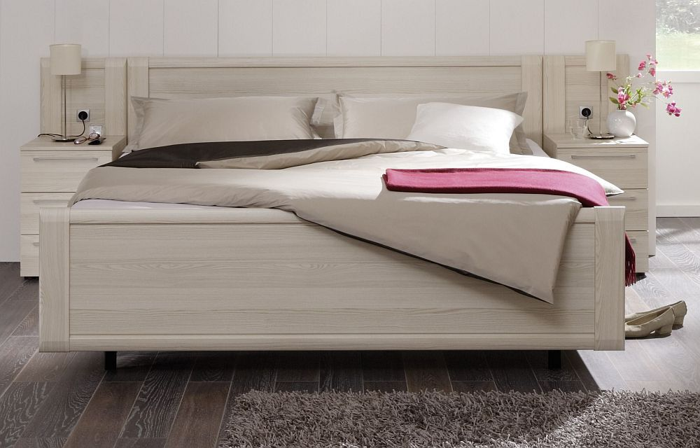 schlafzimmer hoch m bel aus europaletten bettgestell pictures to pin on pinterest. Black Bedroom Furniture Sets. Home Design Ideas