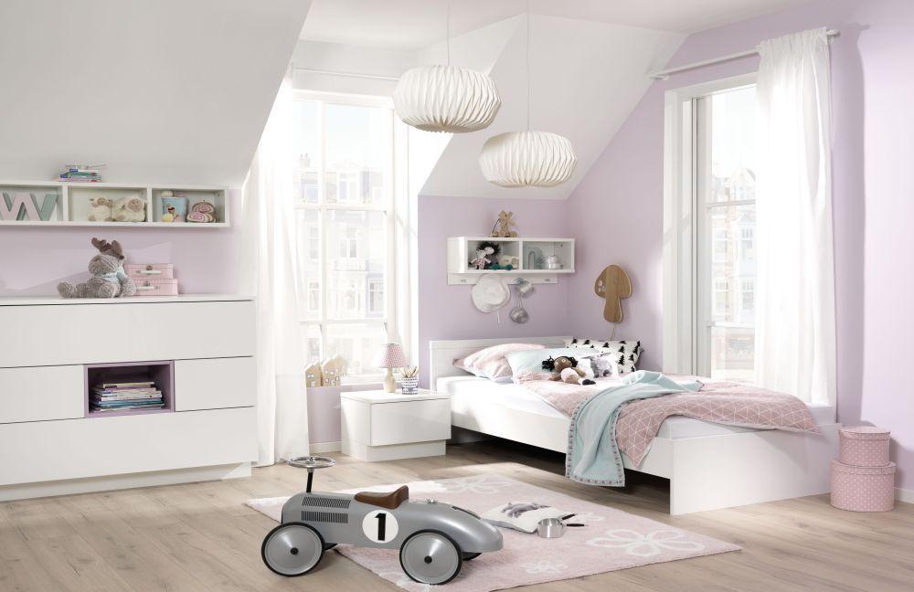 kinderzimmer m bel in weiss und moderner laminatboden. Black Bedroom Furniture Sets. Home Design Ideas