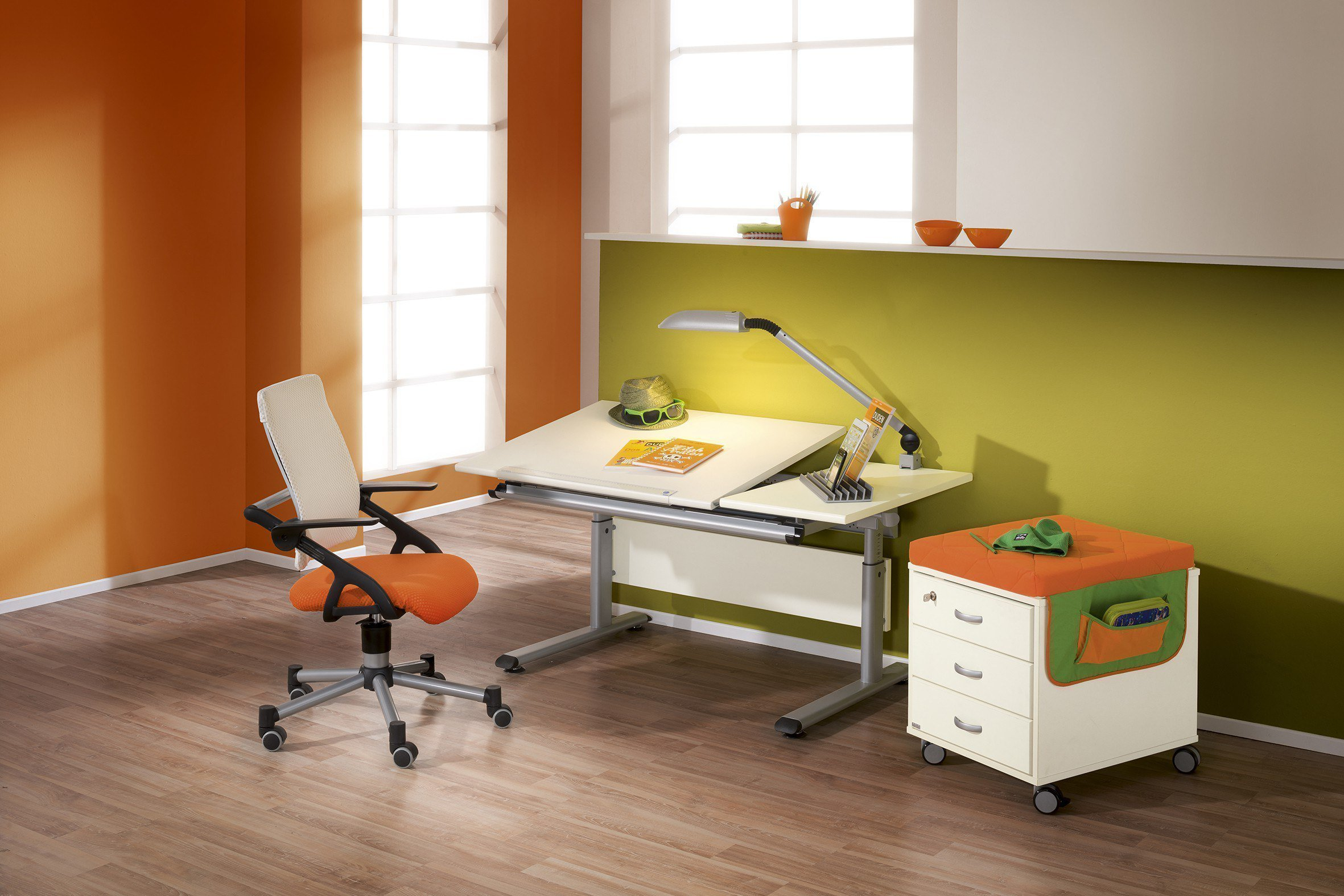 paidi kinderschreibtisch ecru h henverstellbar m bel letz ihr online shop. Black Bedroom Furniture Sets. Home Design Ideas