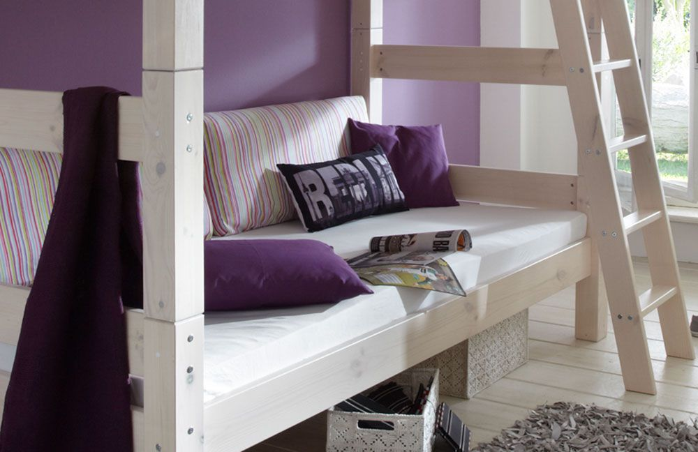 Etagenbett Infanskids : Infanskids etagenbett laugenfarbig mit gerader leiter und rollrost