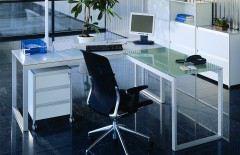 Schreibtisch weiß/ Glas von Reinhard - Modell torino mit Alu-Gestell