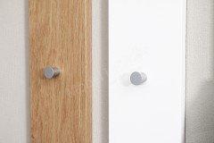 Multi-Color Wood von Wittenbreder - Garderobe in Weiß Hochglanz