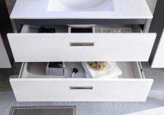 Manhattan von BEGA Consult - Badezimmer weiß/ grau